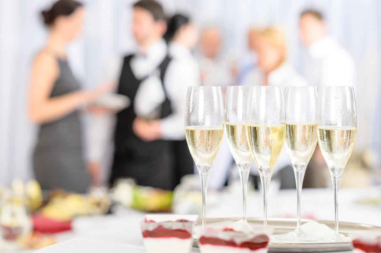 Feste private nei ristoranti: via libera anche ai balli