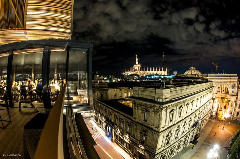 Due mesi di alta cucina con vista sul Duomo sul roof del Priceless ...