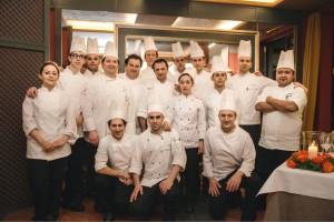 castadiva - chef GENNARO ESPOSITO chef MASSIMILIANO VANDOZZI e brigata di cucina