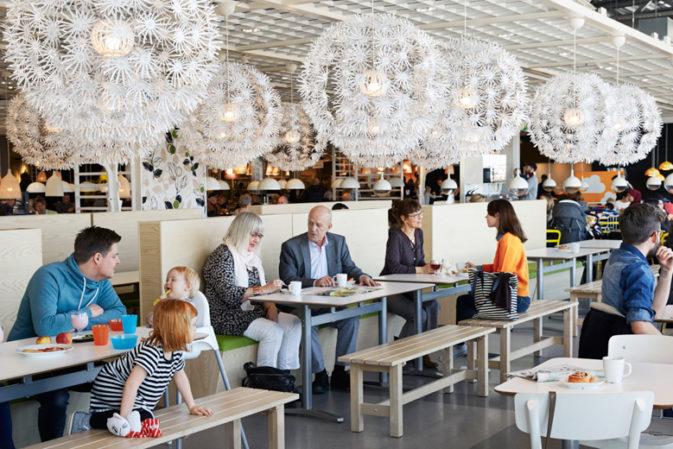 Le polpette svedesi fanno carriera: arrivano in città i ristoranti targati Ikea