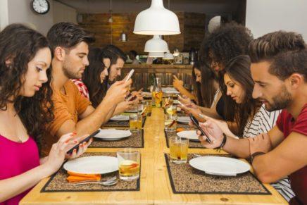Presentato il sistema PassBot per ordinare al ristorante con il cellulare