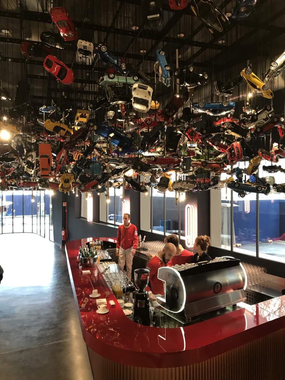 Apre garage italia l 39 hub dedicato ad auto e food made in italy ristoranti web - Garage italia ristorante milano ...